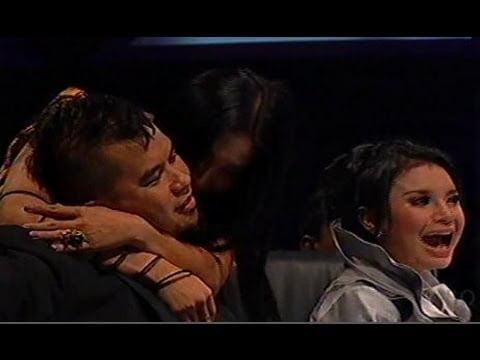Ketika Anggun Mencium Ahmad Dhani