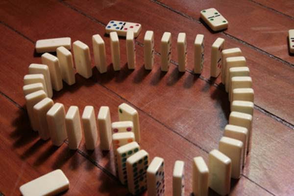 Domino Kata Cinta