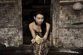 Kisah Pilu Seorang Gadis Desa