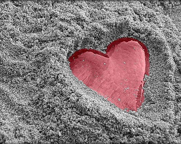 cinta yang terkubur