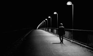 Sendiri Dalam Keterasingan